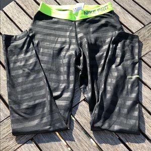 Nike Pro Dri-Fit stripped leggings, full length